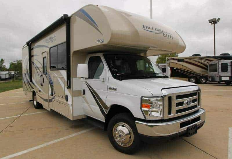 Freedom Elite Class C for rent - RV rentals Phoenix Going Places-RV