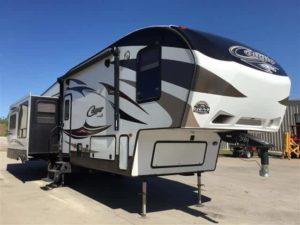 Keystone Cougar Fifth Wheel for rent - RV rentals Phoenix AZ - Going Places RV Rentals