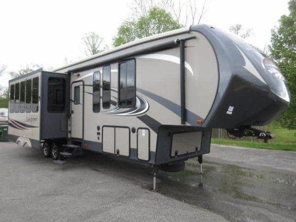 Sandpiper 40' Fifth Wheel for rent - RV rentals Phoenix AZ - Going Places RV Rentals