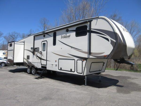 Wildcat 3 43' Fifth Wheel for rent - RV rentals Phoenix AZ - Going Places RV Rentals