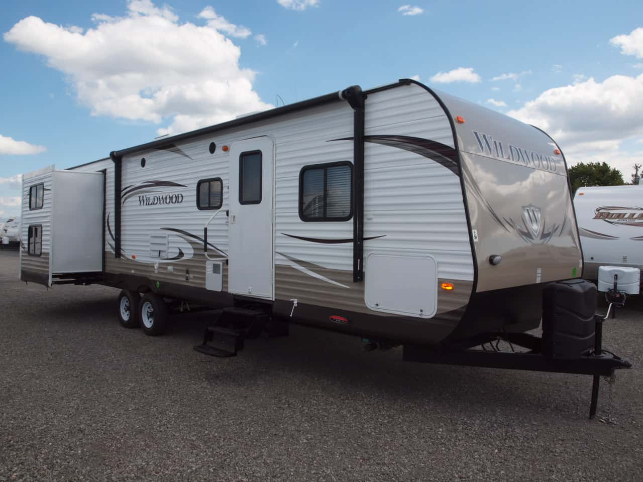 Wildwood 35' travel trailer for rent - RV rentals Phoenix AZ - Going Places RV Rentalls