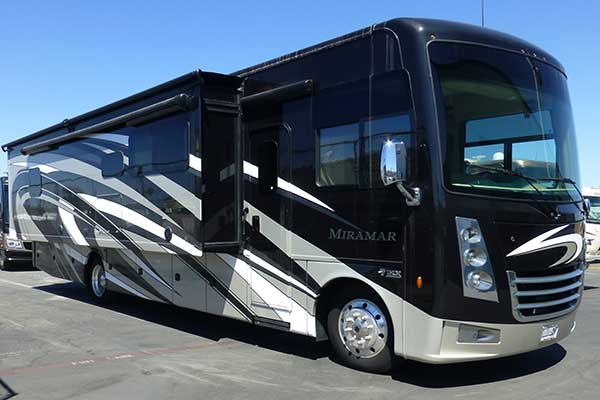 Thor Motor Coach Miramar 35 Class A Rv For Rent Phoenix Going Places Rv Rentals